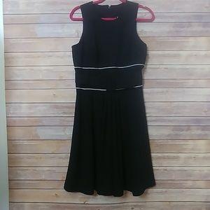 Badgley Mischka Black A Line belted buckle Dress